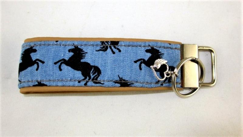 - Schlüsselanhänger Einhörner Anhänger für Schlüssel Nylonband Schlüsselband mit Schlüsselring unterlegt mit Kunstleder für Männer oder Frauen  - Schlüsselanhänger Einhörner Anhänger für Schlüssel Nylonband Schlüsselband mit Schlüsselring unterlegt mit Kunstleder für Männer oder Frauen