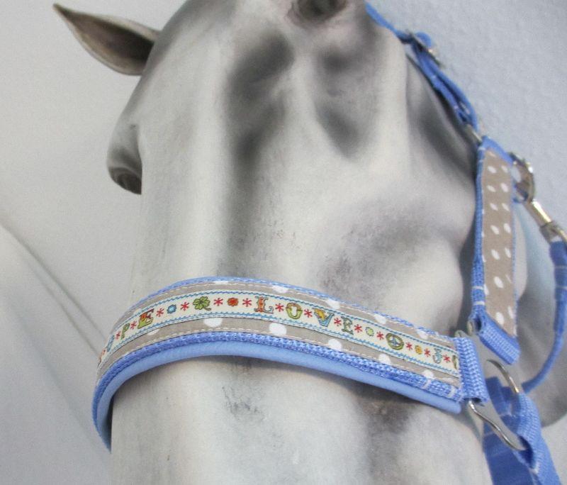 Kleinesbild - Pferdehalfter Hope/Joy/Love handgefertigtes Stallhalfter Reithalfter Halfter für Pferde Größe Warmblut verstellbar