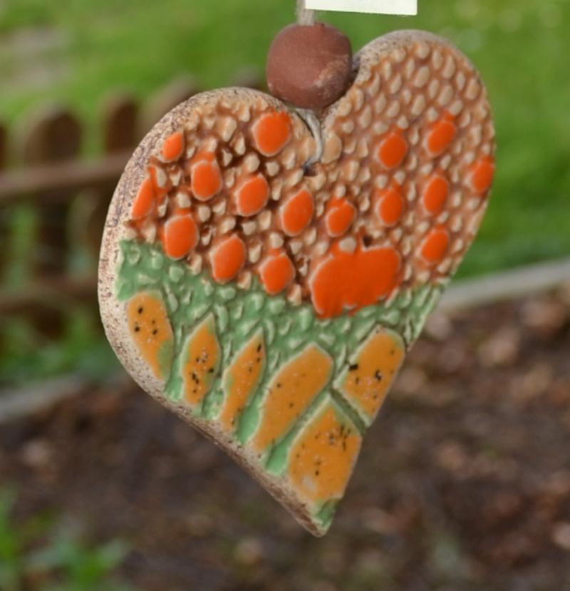 - 17-074 Glücksfänger Herz, Windspiel, Wand- / Fensterschmuck von Keramik-Kreativ  - 17-074 Glücksfänger Herz, Windspiel, Wand- / Fensterschmuck von Keramik-Kreativ