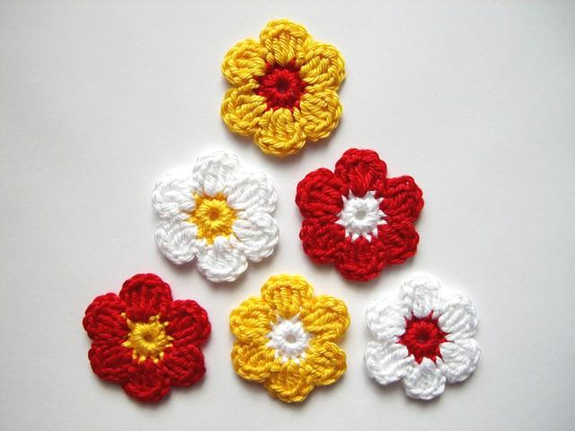 - Häkelapplikation, Blumen    - Häkelapplikation, Blumen