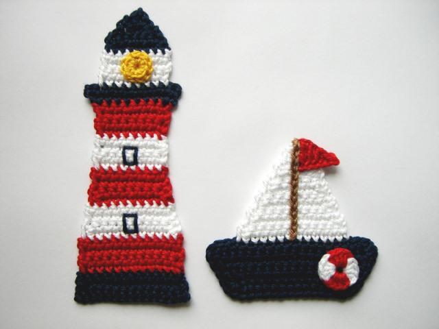 - Häkelapplikation, Segelboot mit Leuchtturm  - Häkelapplikation, Segelboot mit Leuchtturm