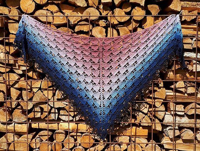 - Häkeltuch mit Perlenrand, 178 x 83 cm, weiche Baumwollmischung, Dreiecktuch, symmetrisch, von Schwarzwaldmaschen - Häkeltuch mit Perlenrand, 178 x 83 cm, weiche Baumwollmischung, Dreiecktuch, symmetrisch, von Schwarzwaldmaschen