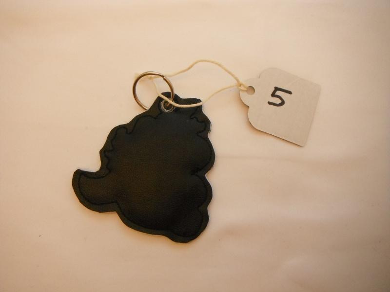 Kleinesbild - Einhorn schwarz Schlüssel- anhänger Taschenbaumler da werden die Herzen doch schwach mit ein wenig Glitzer  (Kopie id: 30633)