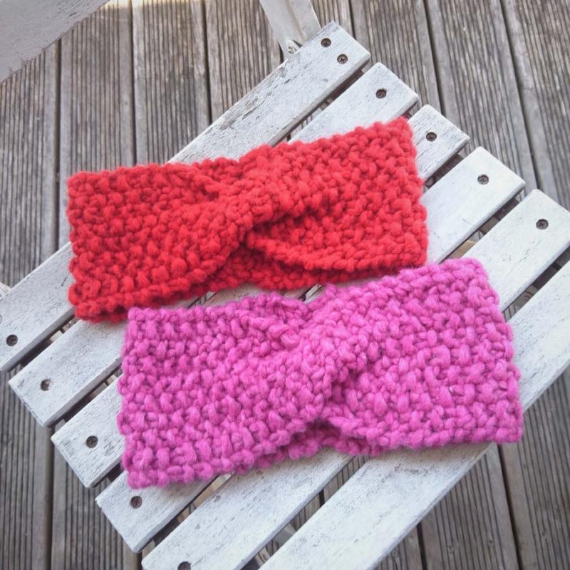 - handgestricktes Stirnband in rot Größe M-XL  - handgestricktes Stirnband in rot Größe M-XL