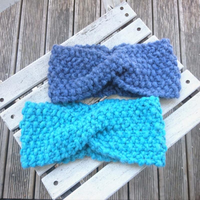 - handgestricktes Stirnband in blau Größe M-XL  - handgestricktes Stirnband in blau Größe M-XL