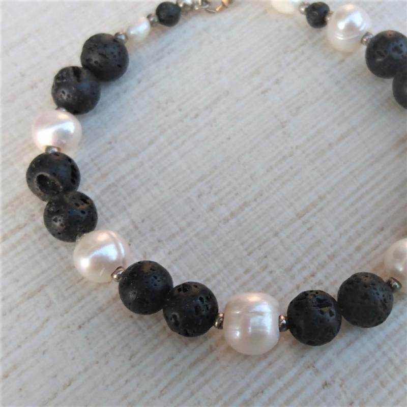 Kleinesbild -  Armband * Perlenarmband * Perlen * Lava * Perlmutt * schwarz * Ying und Yang