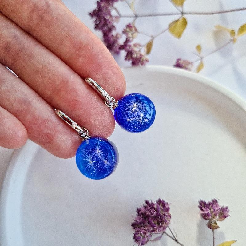 Kleinesbild - Blaue Transformer-Ohrringe mit Pusteblumen.