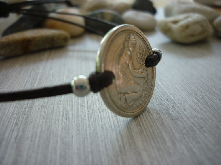 Kleinesbild - Handgemachtes Armband mit eine alten 50-Pfennig- Stück als Zwischenteil  50. Geburtstag Jubiäum Vintage