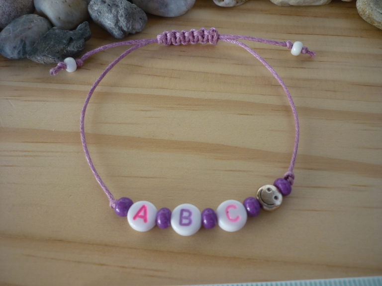 - Handgemachtes filigranes Kinderarmband
