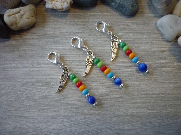 - 3 farbenfrohe Mitgebsel Charms Tischdeko Gastgeschenk Flügel Trost - 3 farbenfrohe Mitgebsel Charms Tischdeko Gastgeschenk Flügel Trost