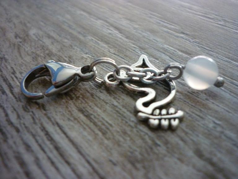 Kleinesbild - Charm / Taschenanhänger Friedenstaube mit Friedensachat