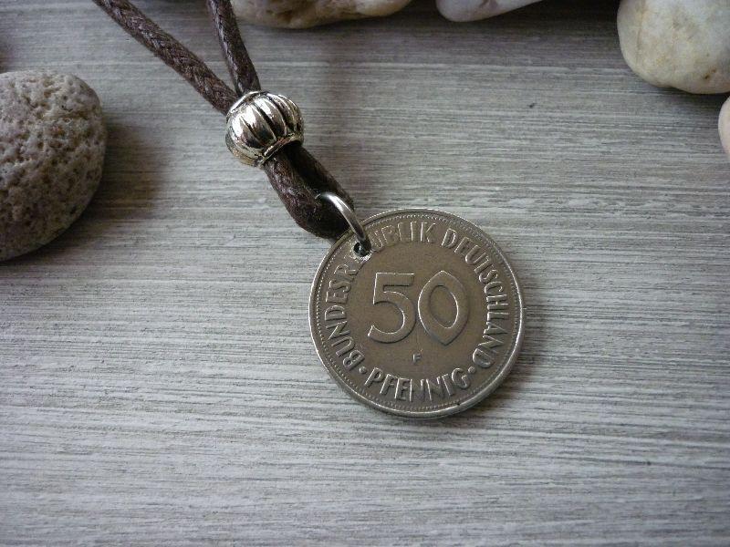- Kette mit einem 50-Pfennig-Stück von 1971 als Anhänger / Vintage / Geburtstag  - Kette mit einem 50-Pfennig-Stück von 1971 als Anhänger / Vintage / Geburtstag