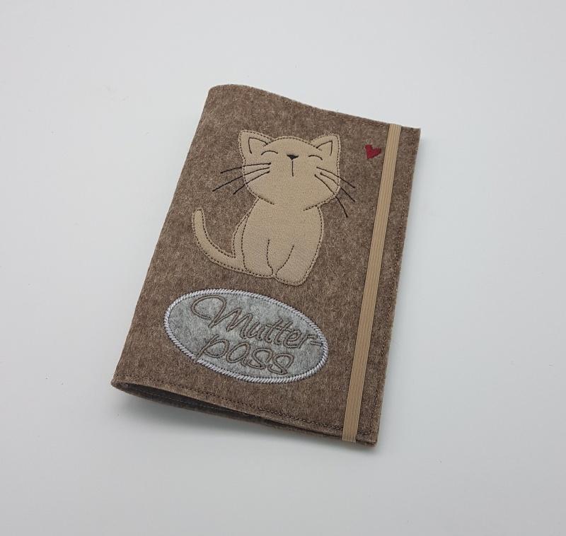 - Mutterpasshülle ♥handmade♥Katze♥beige♥Hülle für den deutschen Mutterpass♥    - Mutterpasshülle ♥handmade♥Katze♥beige♥Hülle für den deutschen Mutterpass♥