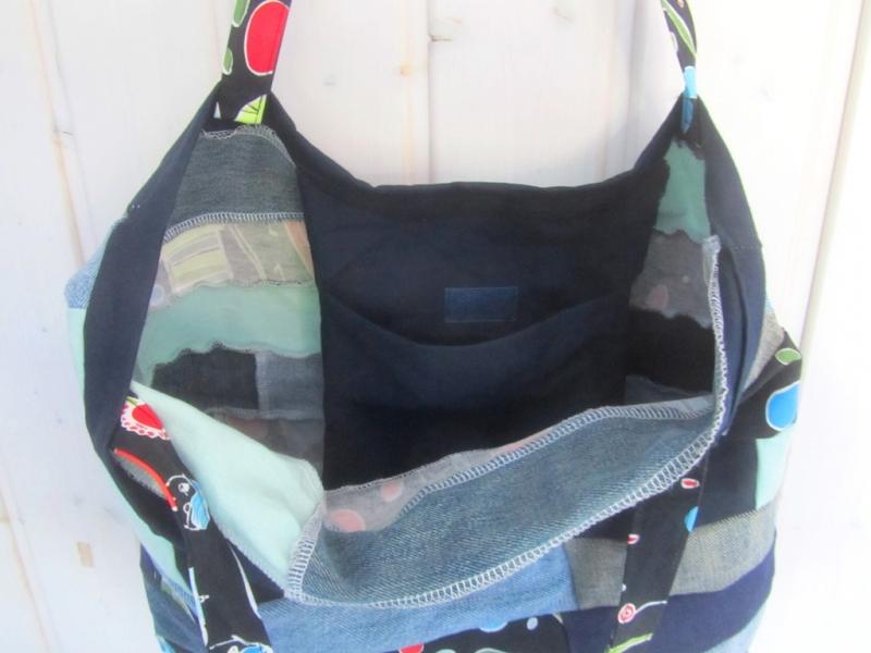 Kleinesbild - Einkaufstasche, Umhängetasche , Shopper mit Streifen, Patchwork, upcycling