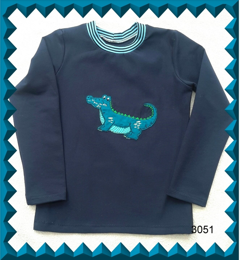 - Kinderlangarmshirt mit aufgesticktem Krokodil als Applikation, Gr.: von 110-134 - Kinderlangarmshirt mit aufgesticktem Krokodil als Applikation, Gr.: von 110-134