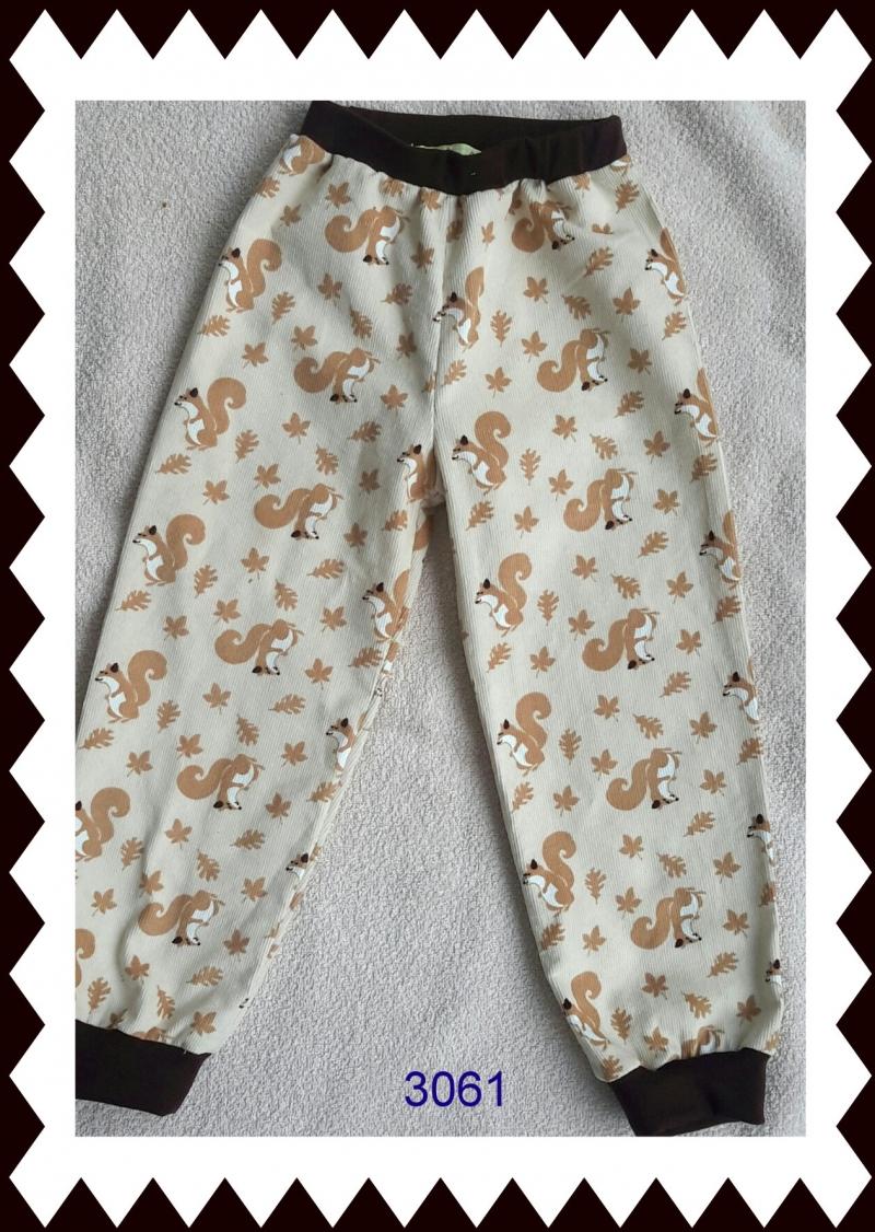 - Mädchenpumphose mit Eichhörnchen, Gr.: 110 - Mädchenpumphose mit Eichhörnchen, Gr.: 110