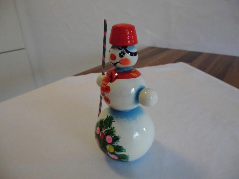 Kleinesbild - Sortiment mit 3 handgearbeiteten Schneemännern aus Holz, Unikate, handbemalt