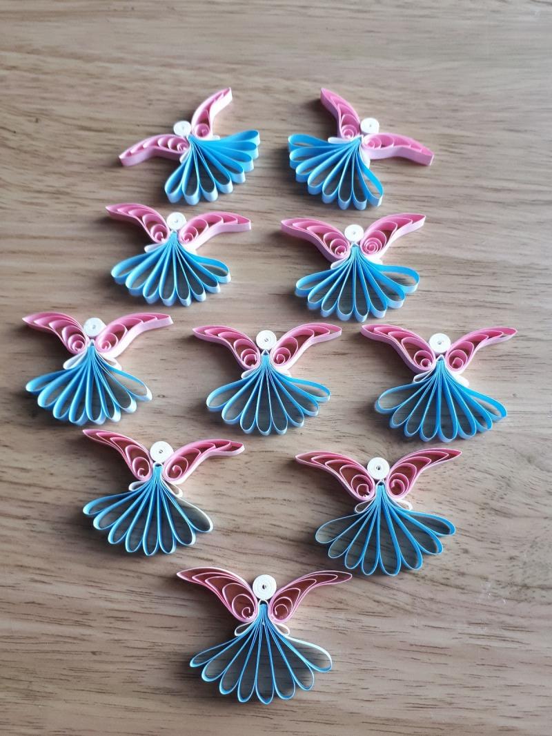 - 10 handgearbeitete Engel aus Papier, rosa-hellblau, zur Deko, 4,5 cm hoch, 4,0 cm breit, zum Aufhängen  - 10 handgearbeitete Engel aus Papier, rosa-hellblau, zur Deko, 4,5 cm hoch, 4,0 cm breit, zum Aufhängen