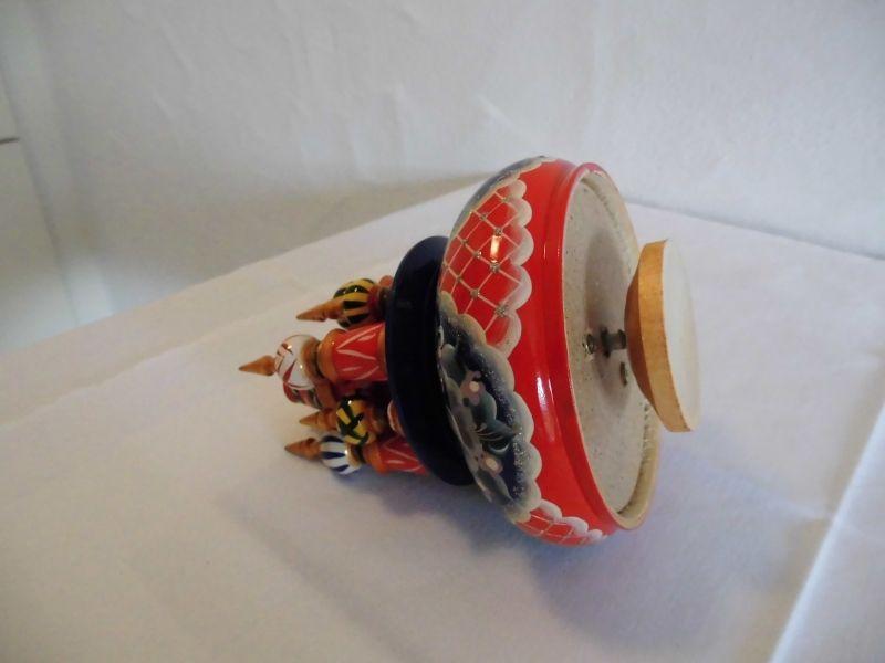 Kleinesbild - Handgearbeitete Russische Spieluhr, handbemalt, Design Kreml, Holz, 22 cm hoch, Unikat, Russ. Melodie