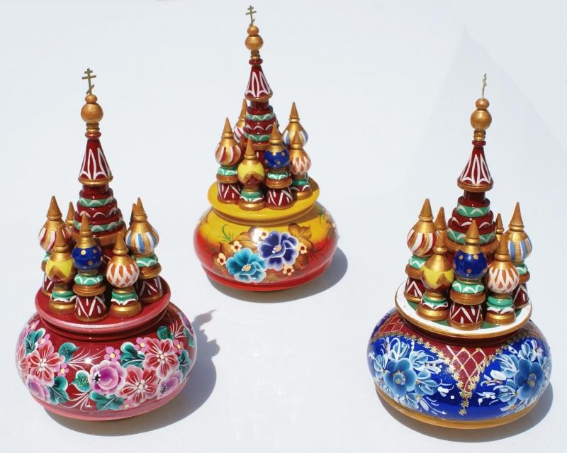 - Handgearbeitete Russische Spieluhr, handbemalt, Design Kreml, Holz, 22 cm hoch, Unikat, Melodie  - Handgearbeitete Russische Spieluhr, handbemalt, Design Kreml, Holz, 22 cm hoch, Unikat, Melodie
