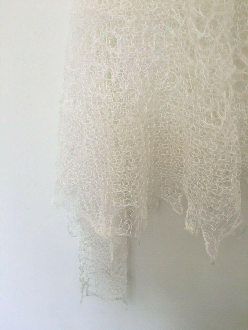 Kleinesbild - Handgearbeiteter Orenburg-Schal aus Ziegenwolle, Farbe: weiss-elfenbein, Nr. 3, 120x120 cm / Unikat