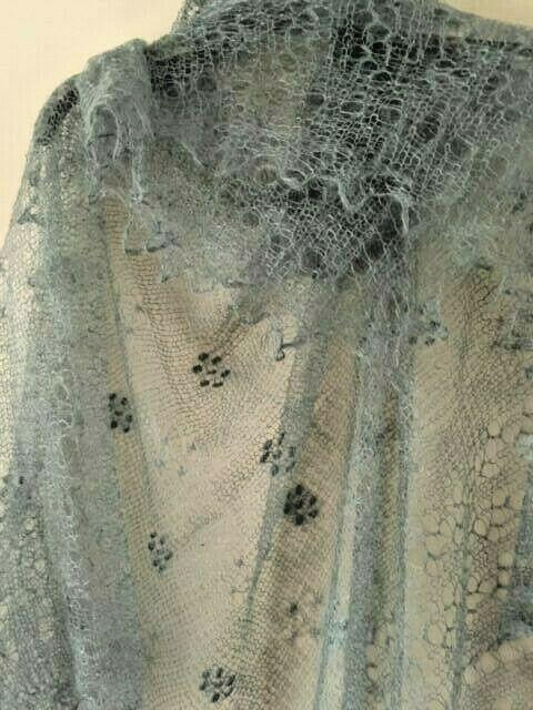 - Luxus-Orenburg-Schal aus Ziegenwolle mit 20% Seide, 140 x 140 cm, Farbe: grau - Luxus-Orenburg-Schal aus Ziegenwolle mit 20% Seide, 140 x 140 cm, Farbe: grau