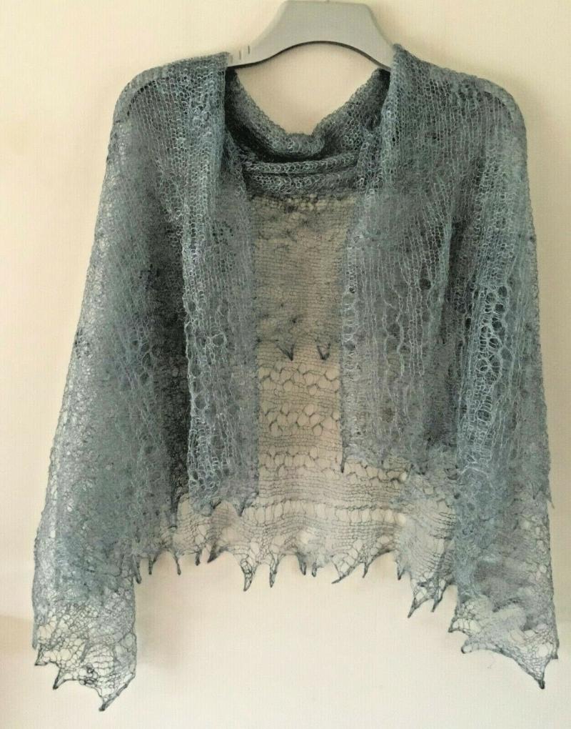 Kleinesbild - Luxus-Orenburg-Schal aus Ziegenwolle mit 20% Seide, 140 x 140 cm, Farbe: grau
