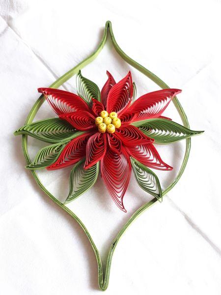- Weihnachtsstern m. Umrandung aus Kartonpapier, rot, pink oder weiss,18 x 11 cm, Handarbeit - Weihnachtsstern m. Umrandung aus Kartonpapier, rot, pink oder weiss,18 x 11 cm, Handarbeit