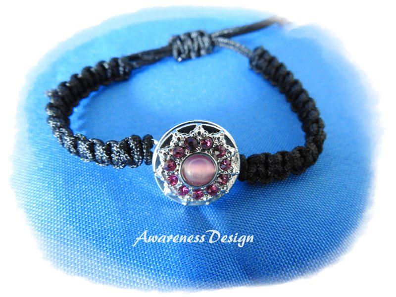 - Flechtarmband mit Druckknopf  rosa StrassSteinchen Makrameearmband  - Flechtarmband mit Druckknopf  rosa StrassSteinchen Makrameearmband