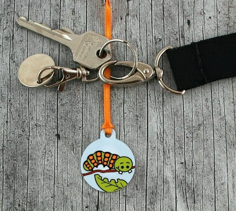 Kleinesbild - Anhänger **Rufus Raupe** von ZWEIFARBIG 3,2cm Glücksbringer Kindergarten Geburtstag Einschulung Schlüsselanhänger Geschenk