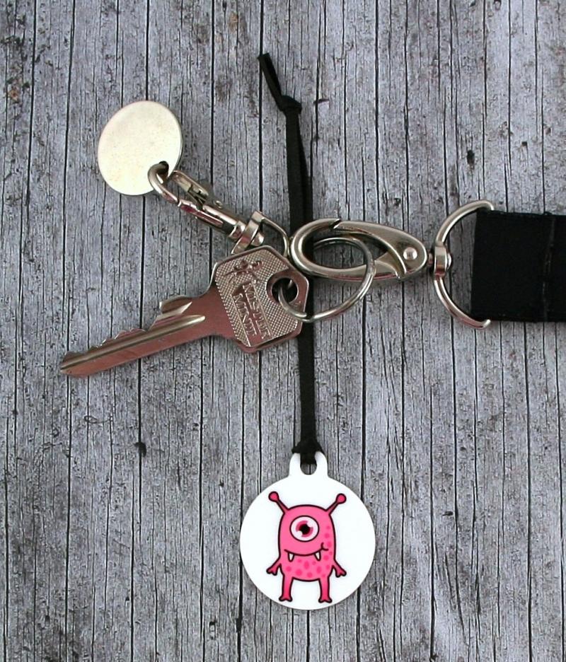Kleinesbild - Anhänger **MonstAAA3** von ZWEIFARBIG Glücksbringer Schlüsselanhänger Geschenk Einschulung Taschenanhänger Kindergarten Geburtstag