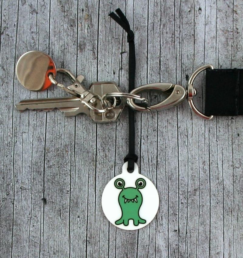 Kleinesbild - Anhänger **MonstAAA14** von ZWEIFARBIG 3,2cm Glücksbringer Schlüsselanhänger Taschenanhänger Geschenk Einschulung Kindergarten Geburtstag