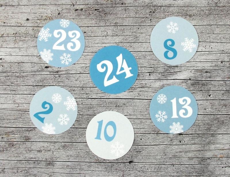- Adventskalenderzahlen **Schneeflocke** von ZWEIFARBIG 24 Stück 40mm Aufkleber Adventskalender Zahlenaufkleber Advent Etiketten Adventszahlen Weihnachten - Adventskalenderzahlen **Schneeflocke** von ZWEIFARBIG 24 Stück 40mm Aufkleber Adventskalender Zahlenaufkleber Advent Etiketten Adventszahlen Weihnachten