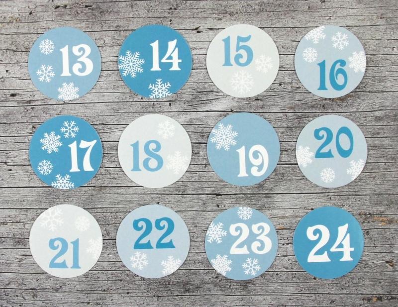 Kleinesbild - Adventskalenderzahlen **Schneeflocke** von ZWEIFARBIG 24 Stück 40mm Aufkleber Adventskalender Zahlenaufkleber Advent Etiketten Adventszahlen Weihnachten