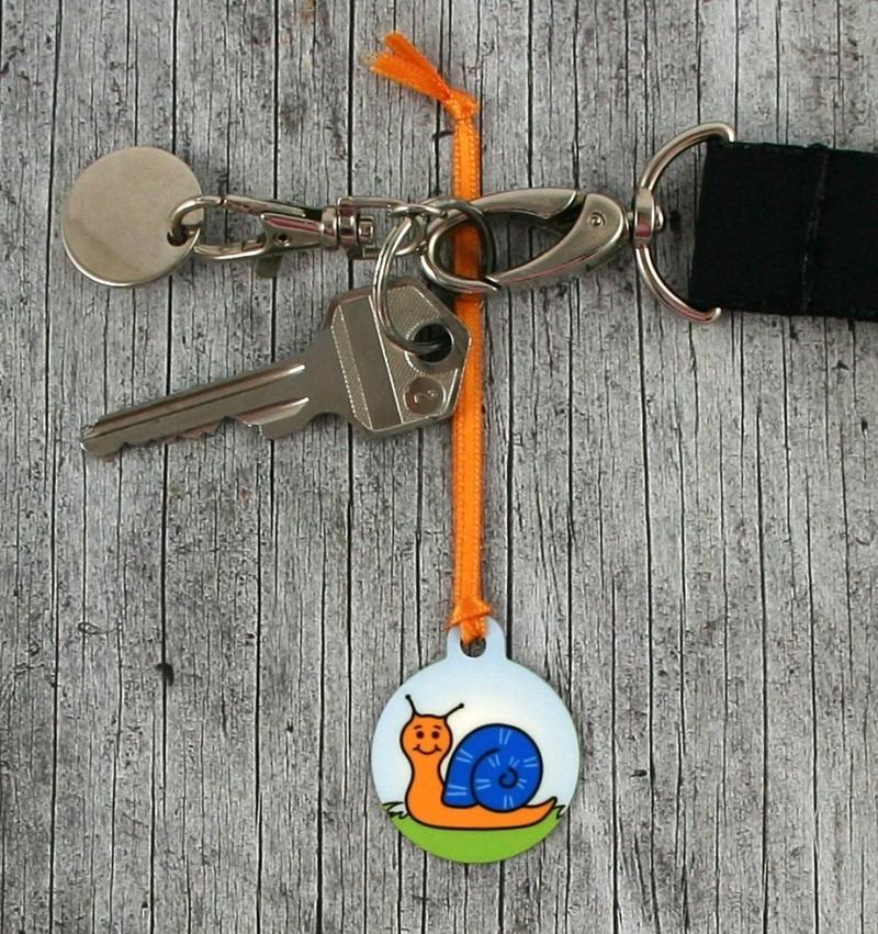 Kleinesbild - Anhänger **Schorschi Schneck** von ZWEIFARBIG 3,2cm Glücksbringer Kindergarten Geburtstag Einschulung Schlüsselanhänger Geschenk