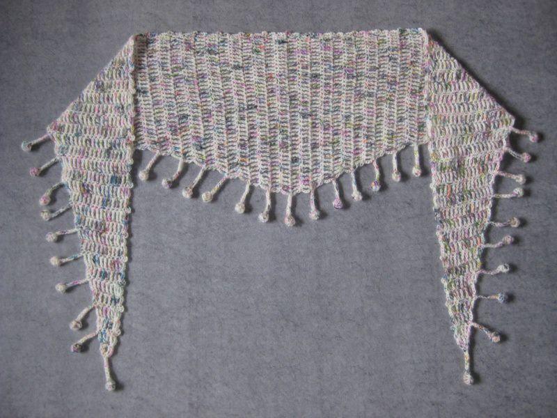 Kleinesbild - Schaltuch mit Mohair und Seide, Dreieckstuch, aus handgefärbter Wolle, gehäkelt, Schal, Stola