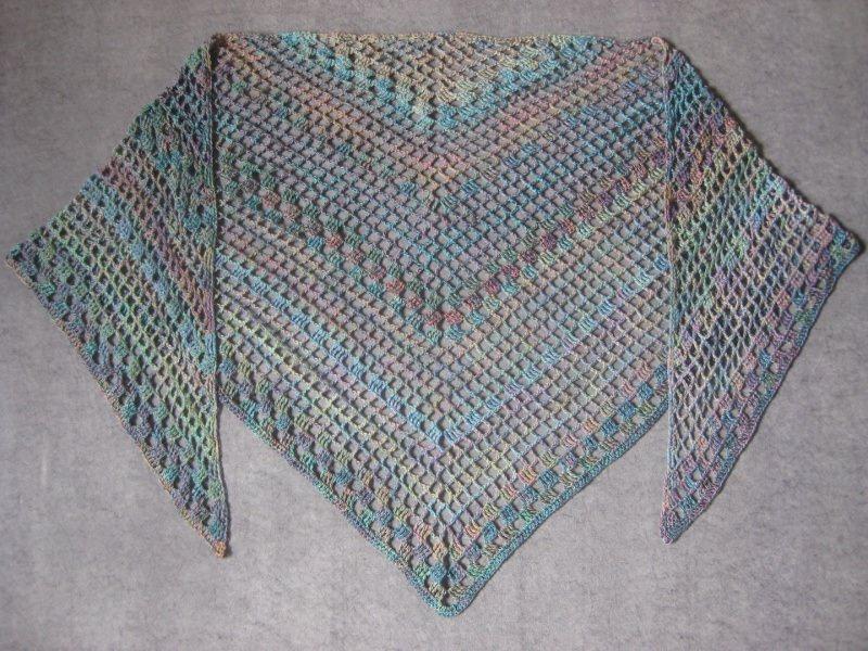 Kleinesbild - Großes Dreieckstuch aus weicher Baumwolle, Stola, Poncho, gehäkelt