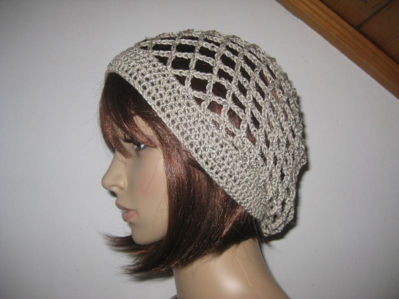 - Mütze, beige-grau glänzend, Sommermütze, Beanie  - Mütze, beige-grau glänzend, Sommermütze, Beanie