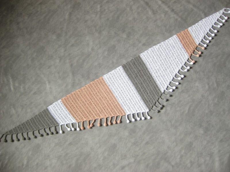 - Dreieckstuch aus Baumwolle mit hübscher Bommel-Kante, gehäkelt, Schaltuch, Schal, Stola - Dreieckstuch aus Baumwolle mit hübscher Bommel-Kante, gehäkelt, Schaltuch, Schal, Stola