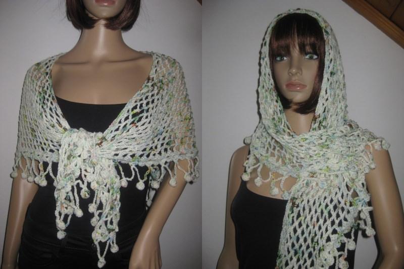 - Dreieckstuch aus handgefärbter Wolle mit Bommel-Musterkante, Schal, gehäkelt - Dreieckstuch aus handgefärbter Wolle mit Bommel-Musterkante, Schal, gehäkelt