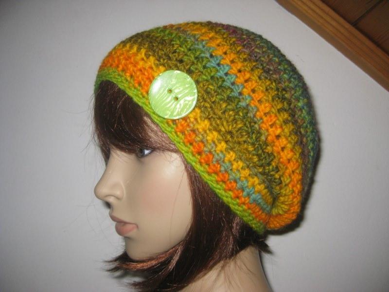 - Mütze, Beanie mit auffälligem Farbverlauf in schönen Farben - Mütze, Beanie mit auffälligem Farbverlauf in schönen Farben