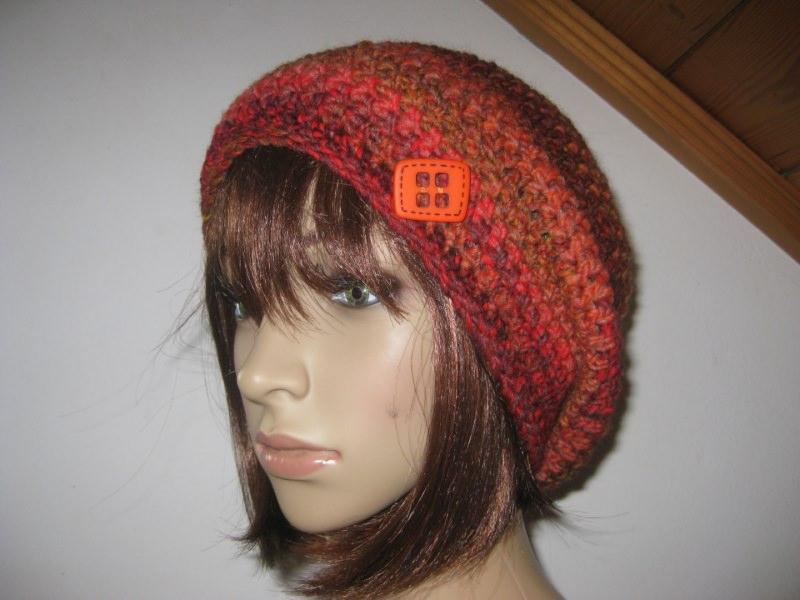 Kleinesbild - Mütze, Beanie mit auffälligem Farbverlauf in schönen Farben