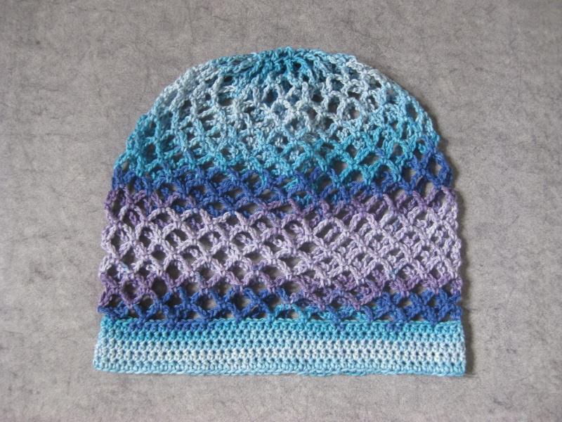 Kleinesbild - Mütze, Beanie, Sommer-Mütze mit Farbverlauf in Blau- und Lilatönen