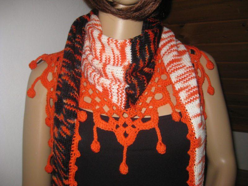 Schals : Dreieckstuch, Schaltuch aus handgefärbter Wolle, gestrickt ...