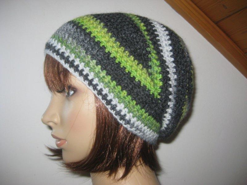- Mütze, Beanie im Boshi Style, Häkelmütze mit Farbverlauf - Mütze, Beanie im Boshi Style, Häkelmütze mit Farbverlauf