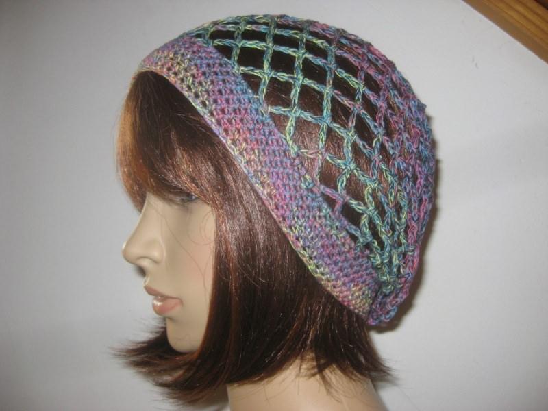 - Federleichte Mütze, Beanie, Sommer-Mütze mit Farbverlauf - Federleichte Mütze, Beanie, Sommer-Mütze mit Farbverlauf