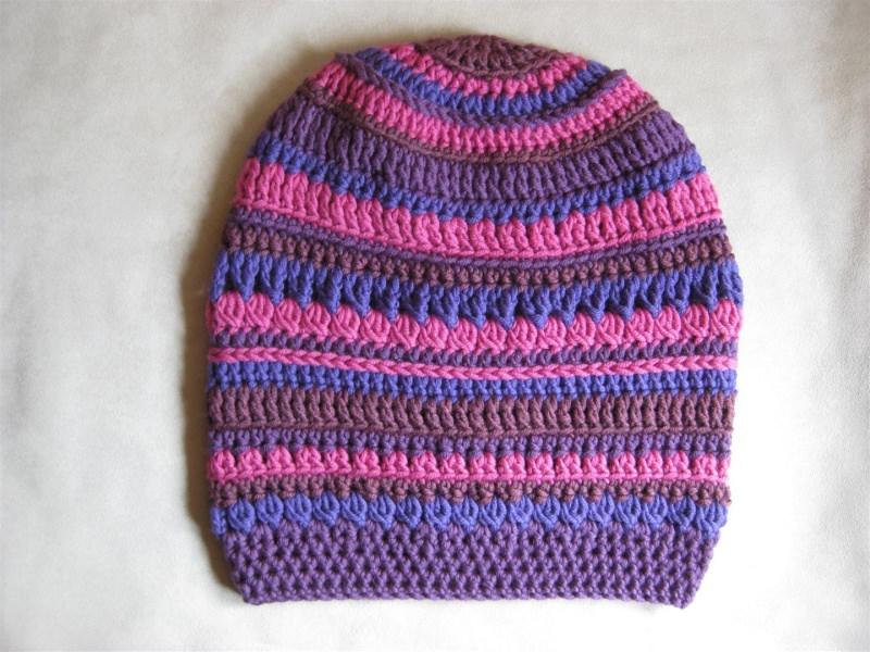Kleinesbild - Mütze, Beanie, Häkelmütze aus reiner Merino-Wolle