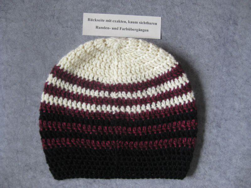 Kleinesbild - Mütze aus weicher Wolle mit Mohair, gehäkelt, Beanie, Häkelmütze