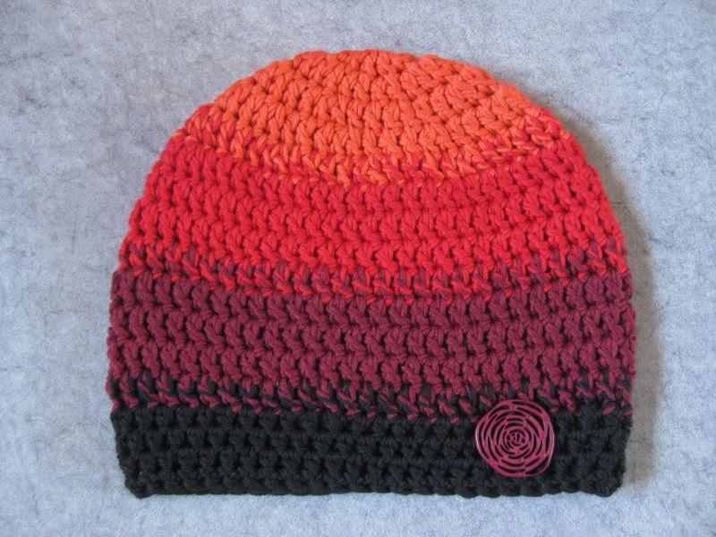 Kleinesbild - Mütze, gehäkelt, Rottöne und schwarz, Beanie, Häkelmütze
