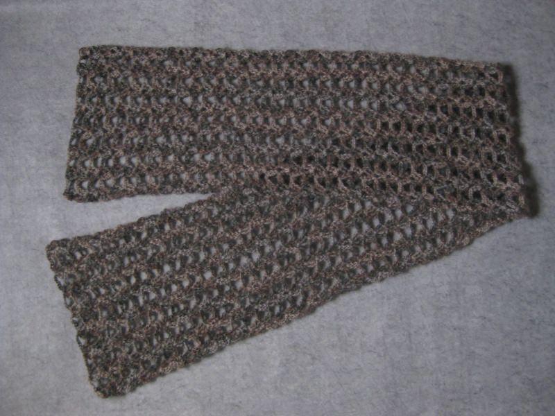 Kleinesbild - Stola mit Mohair und Seide, Schal mit auffälligen Muster, Häkelschal